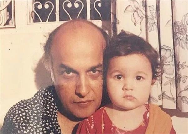 bollywood stars celebrate father s day like this