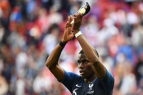 paul pogba dedicates father to goal