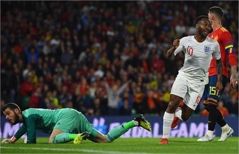 england scored spain 2 goals scored