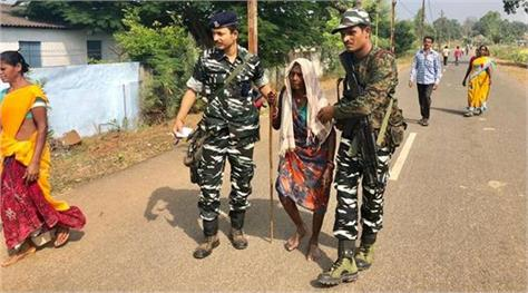 chhattisgarh elections 2018  70 percent voting in first phase