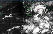 red alert  gaza in cyclone in india  warns the weather department