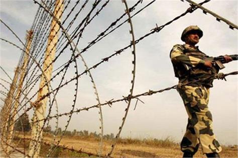 pakistan firing in poonch  1 jawan martyr and 1 wounded