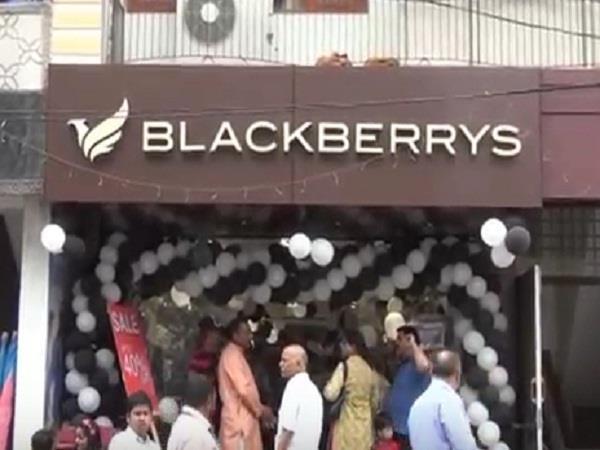 black barry s showroom open in solan