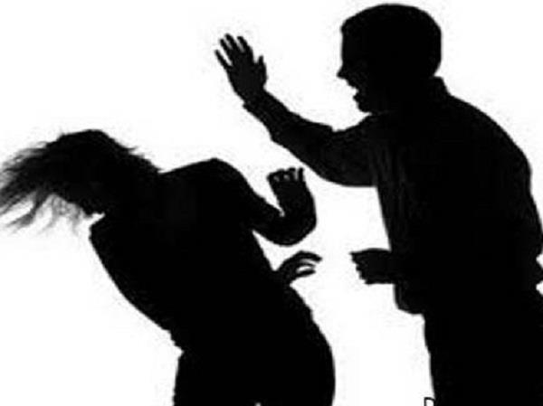 husband beat wife  babes dies in pregnancy