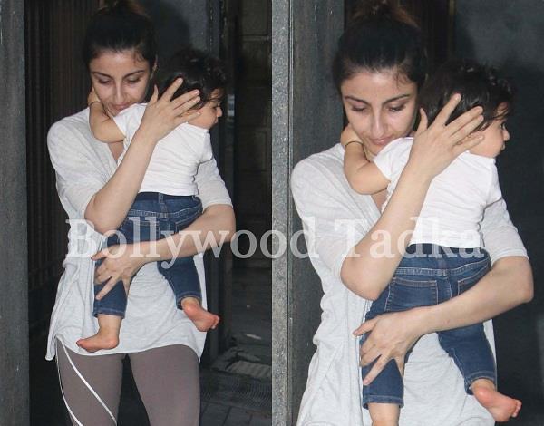 baby inaaya naumi kemmu with mommy soha ali khan