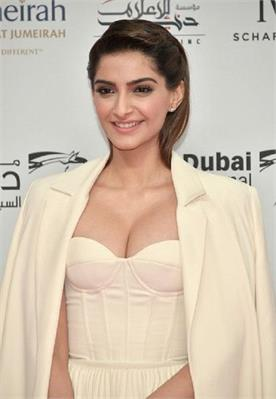 sonam kapoor is excited about batwoman tv series