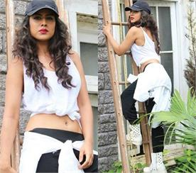 nia sharma dance video viral on social media