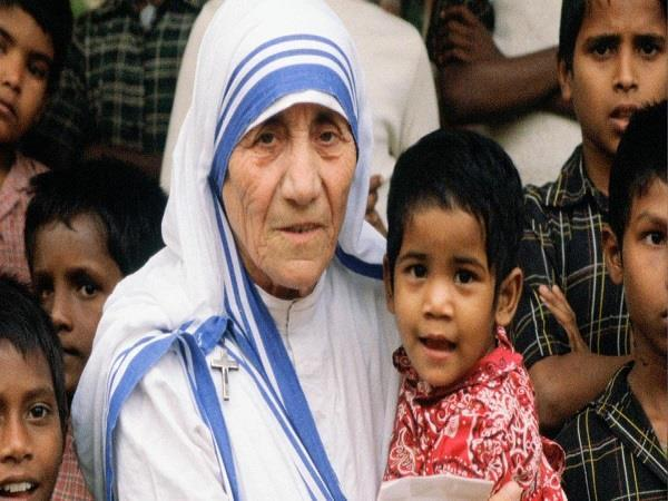 criticism of archbishop of taslima nasreen tweets against mother teresa