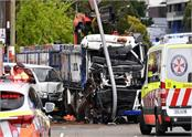 australia truck crash