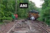 eight coaches train derailed in dantewada