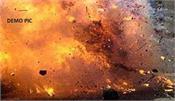 railway stations in u p  and delhi threaten to bomb