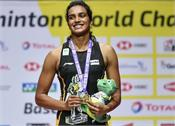 sindhu gives birthday gift to his mother with historic victory