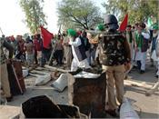 farmers of punjab break the barrier