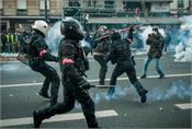 france  protests against proposed law on video making of police officers
