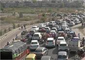 heavy traffic at delhi ghaziabad border