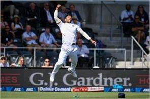 umesh caught taylor  s shocking catch in the air