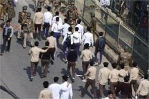 police man death due to violence in delhi