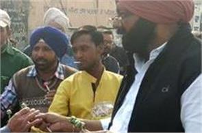 fack captain distributed  lalipop on fake smartphones