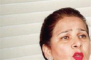 dr navjot kaur came in defence of husband navjot singh