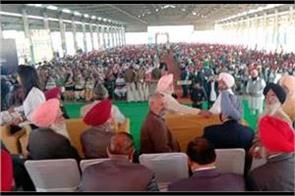 find the troops in the congress manifesto manpreet badal