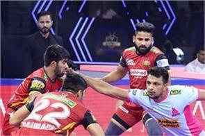 pro kabaddi league  bangalore retain green jaipur playoff race