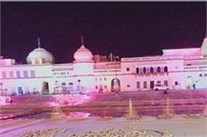 adityanath in 5 51 lakh lamps