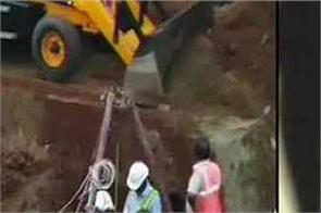 tamil nadu borewell innocent fainting rescue