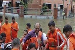 bihar flood  ndrf teams in relief work