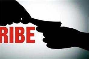 cbi raids mullanpur dakha fci warehouse  arrests 50 thousand bribe takers