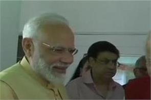 lk advani birthday congratulations narendra modi amit shah