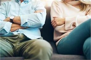 husbands stress more if their wives earn 50 percent or more of household income