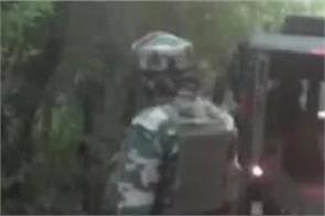 jammu and kashmir army pakistani intruders bullet dead body police