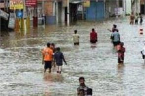 sri lankan rains kill three  affect 64 000 people