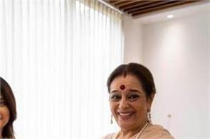shatrughan sinha wife poonam sinha samajwadi party join