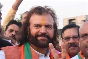 hans raj hans win delhi seat