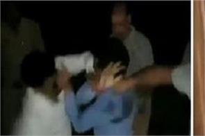 journalist beating 4 railway worker uttar pradesh