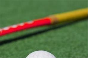 women  s hockey team eyes on semi finals