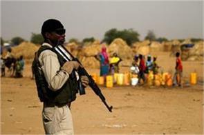 gunmen kill 40 people in central nigeria