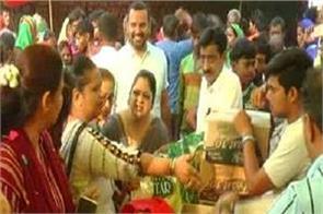 amritsar  navjot kaur sidhu  slum  big announcement