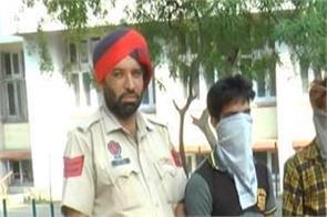 gurdwara sahib  theft  2 thieves arrest