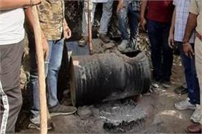 the excise department destroyed 70 000 liters