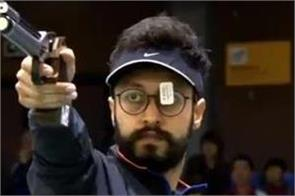 abhishek wins the gold at the shooting world cup