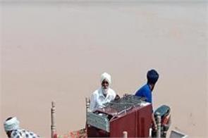 dharamkot  sutlej river  water  rescue  800 people