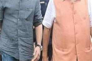 sunny deol and union minister gadkari arrives rss headquarters