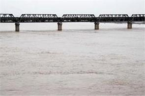high alert sutlej river and beas river water