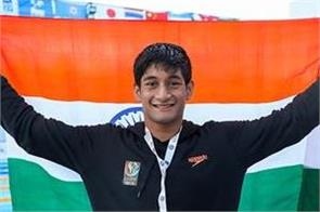 kushagra natraj won gold medals in asian age swimming championship
