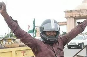 traffic invoices protest helmets tractors farmers