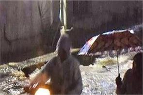 telangana rain 11 people death injured hospital