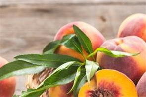 eating peaches completes the anemia  the body meets other benefits