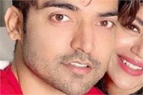 gurmeet choudhary with wife debina corona test positive